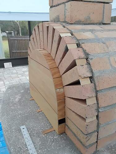 Building A Pizza Oven (146)