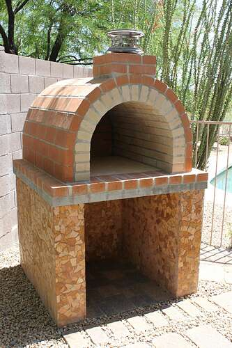 How To Build a Wood Fired Brick Oven (17)