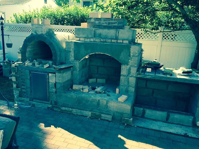 Outdoor Fireplace and Pizza Oven (5)