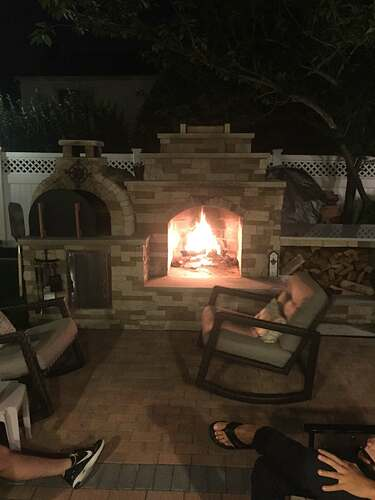 Outdoor Fireplace and Pizza Oven (8)