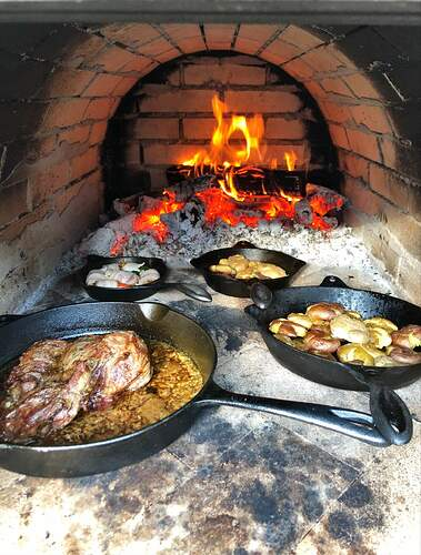 Large Outdoor Wood Burning Pizza Oven (28)