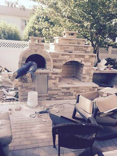 Outdoor Fireplace and Pizza Oven (3)