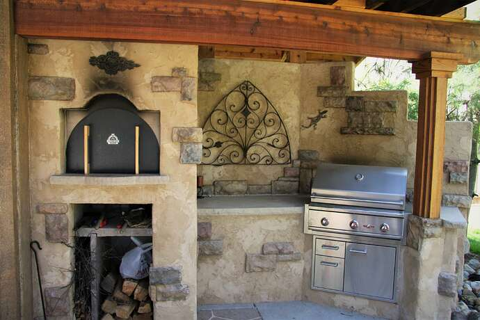 Wood Fired Pizza Oven and BBQ (6)