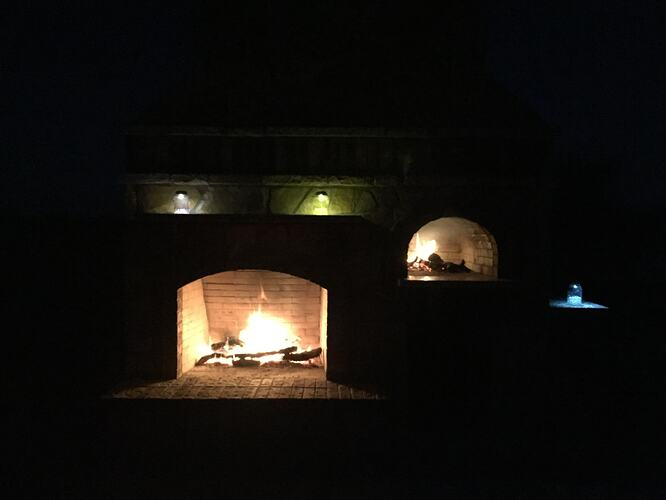 Pizza Oven Fireplace (4)