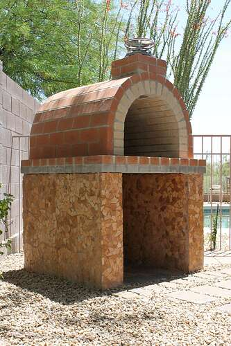How To Build a Wood Fired Brick Oven (16)