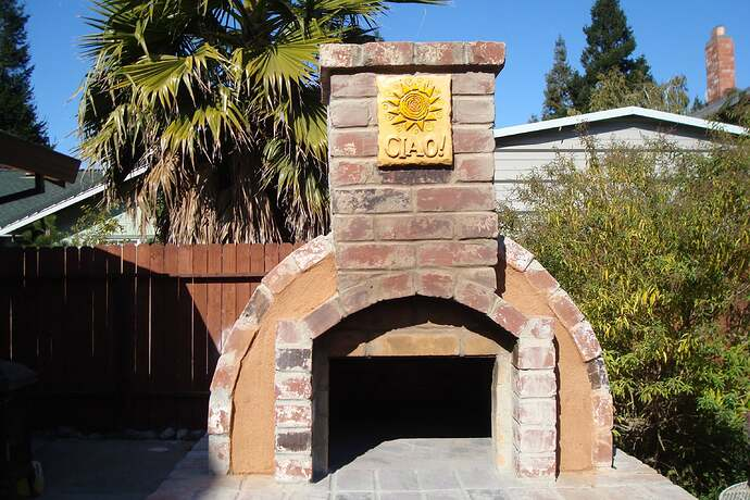 How To Make A Backyard Brick Pizza Oven (3)