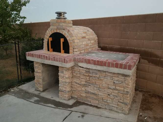 How to Build an Outdoor Pizza Oven Step by Step (21)