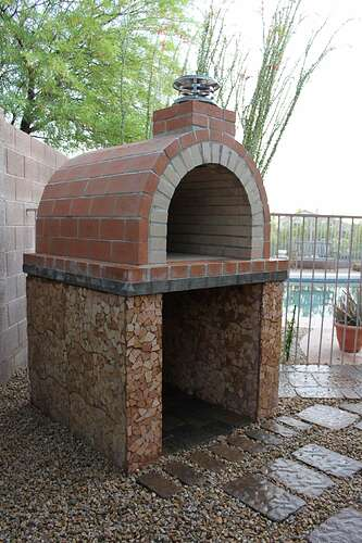 How To Build a Wood Fired Brick Oven (21)