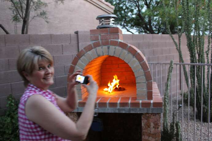 How To Build a Wood Fired Brick Oven (36)