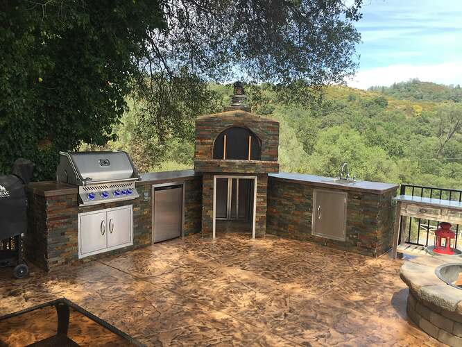 Outdoor Pizza Oven and Grill (6)