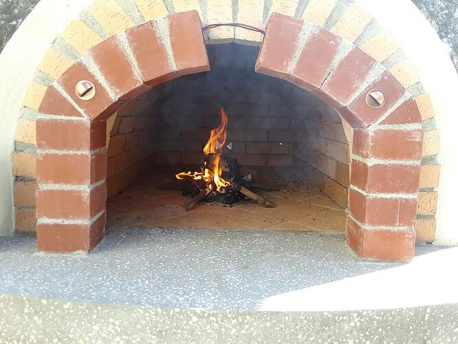 Building A Pizza Oven (188)