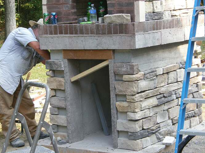 How To Make An Outdoor Pizza Oven (67)