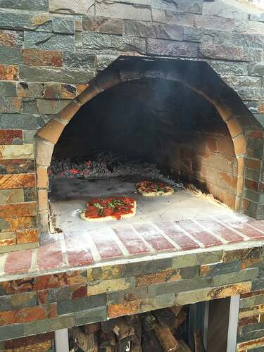 Outdoor Pizza Oven and Grill (14)