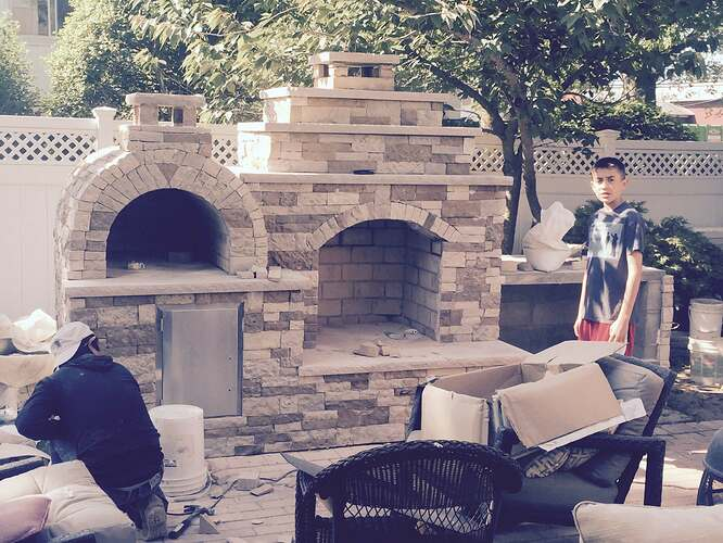 Outdoor Fireplace and Pizza Oven (2)