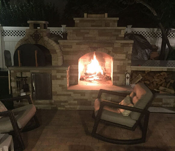 Outdoor Fireplace and Pizza Oven (9)