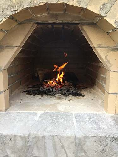 Building a Wood Fired Pizza Oven (36)