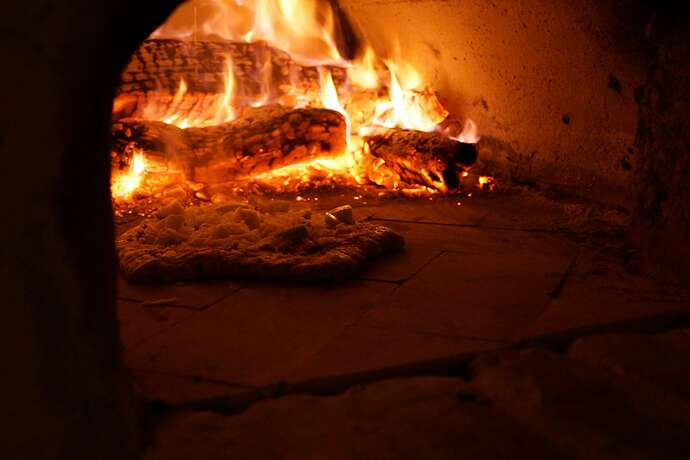 Refractory Cement Pizza Oven (134)