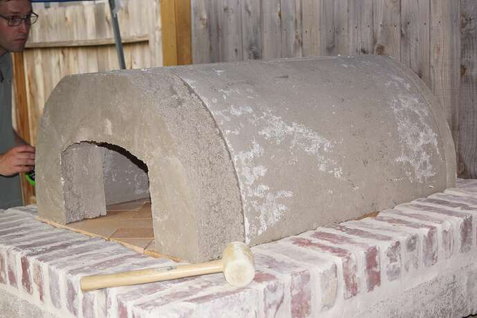 Refractory Cement Pizza Oven (85)
