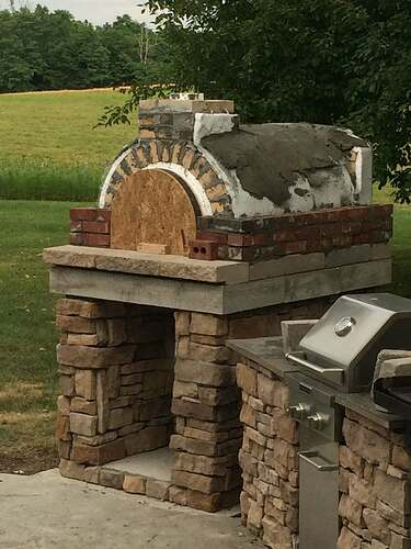 Making An Outdoor Pizza Oven (19)