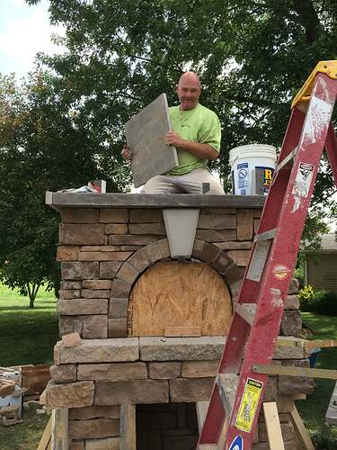 Making An Outdoor Pizza Oven (30)