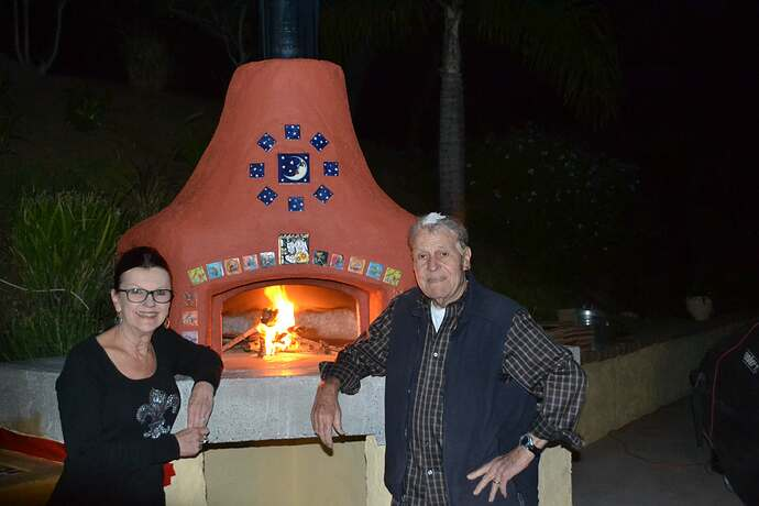 Wood Fire Pizza Oven (83)