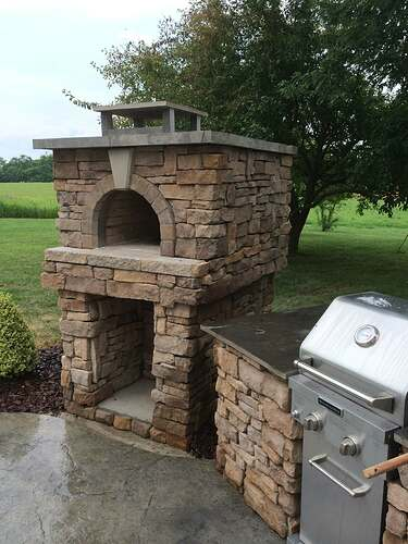 Making An Outdoor Pizza Oven (37)