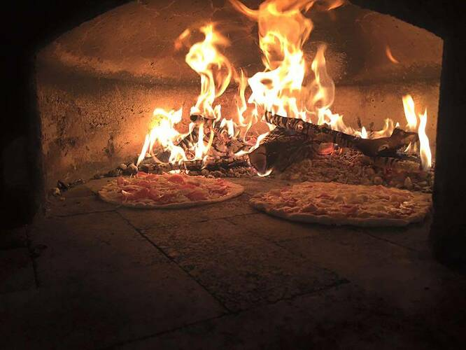 Home Made Pizza Oven (40)