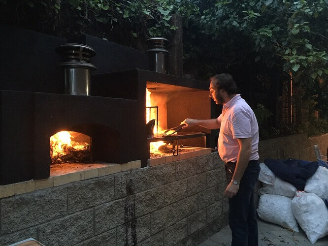 Outdoor Grill With Pizza Oven