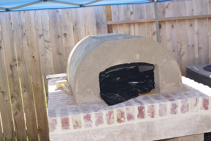 Refractory Cement Pizza Oven (91)