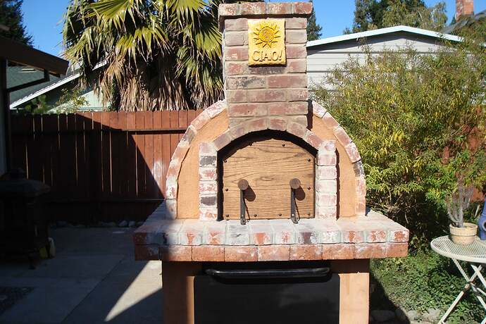 How To Make A Backyard Brick Pizza Oven (5)