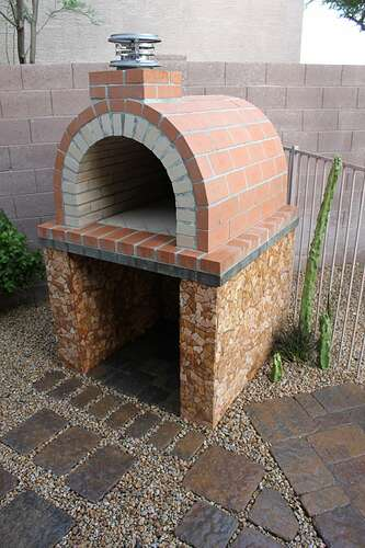 How To Build a Wood Fired Brick Oven (20)