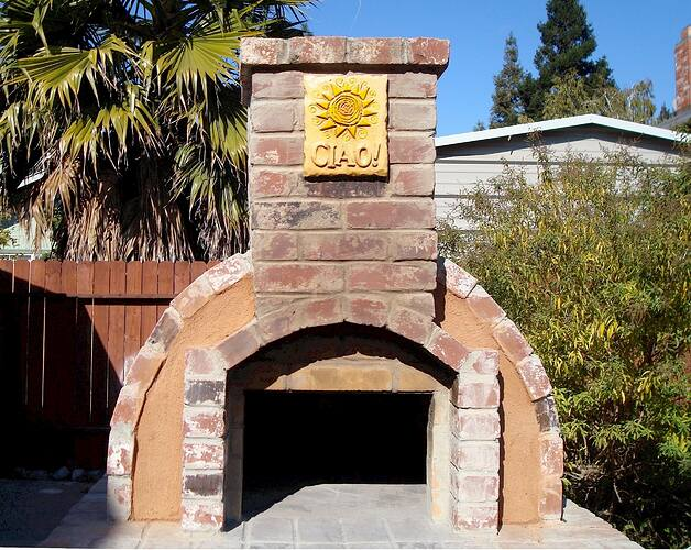 How To Make A Backyard Brick Pizza Oven (11)
