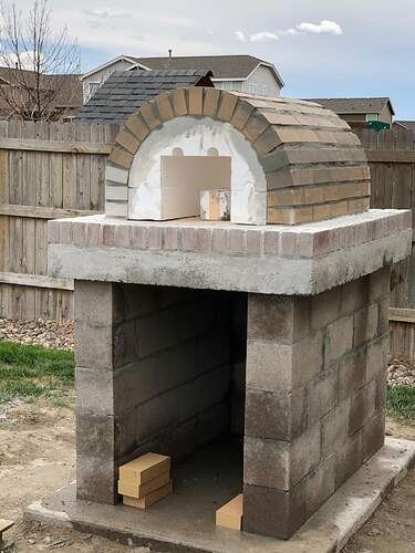 Building An Outdoor Wood Fired Oven (21)