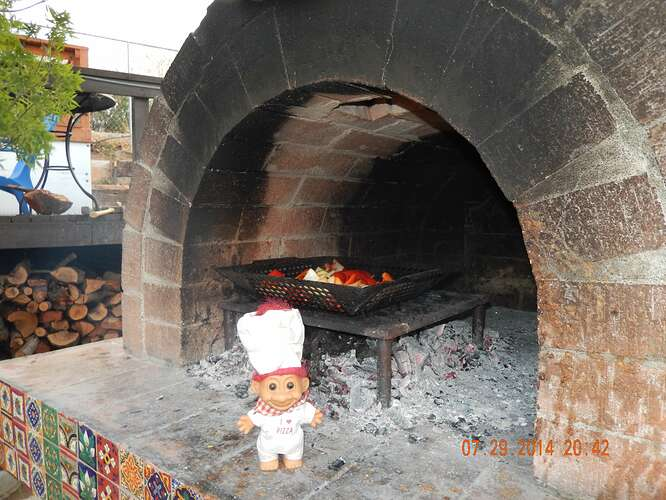 Build Your Own Brick Pizza Oven (56)