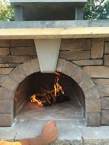 Making An Outdoor Pizza Oven (33)