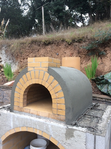 Outdoor%20Fireplace%20with%20Pizza%20Oven%20(25)