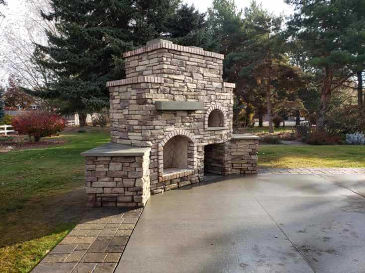 How To Build An Outdoor Fireplace (4)