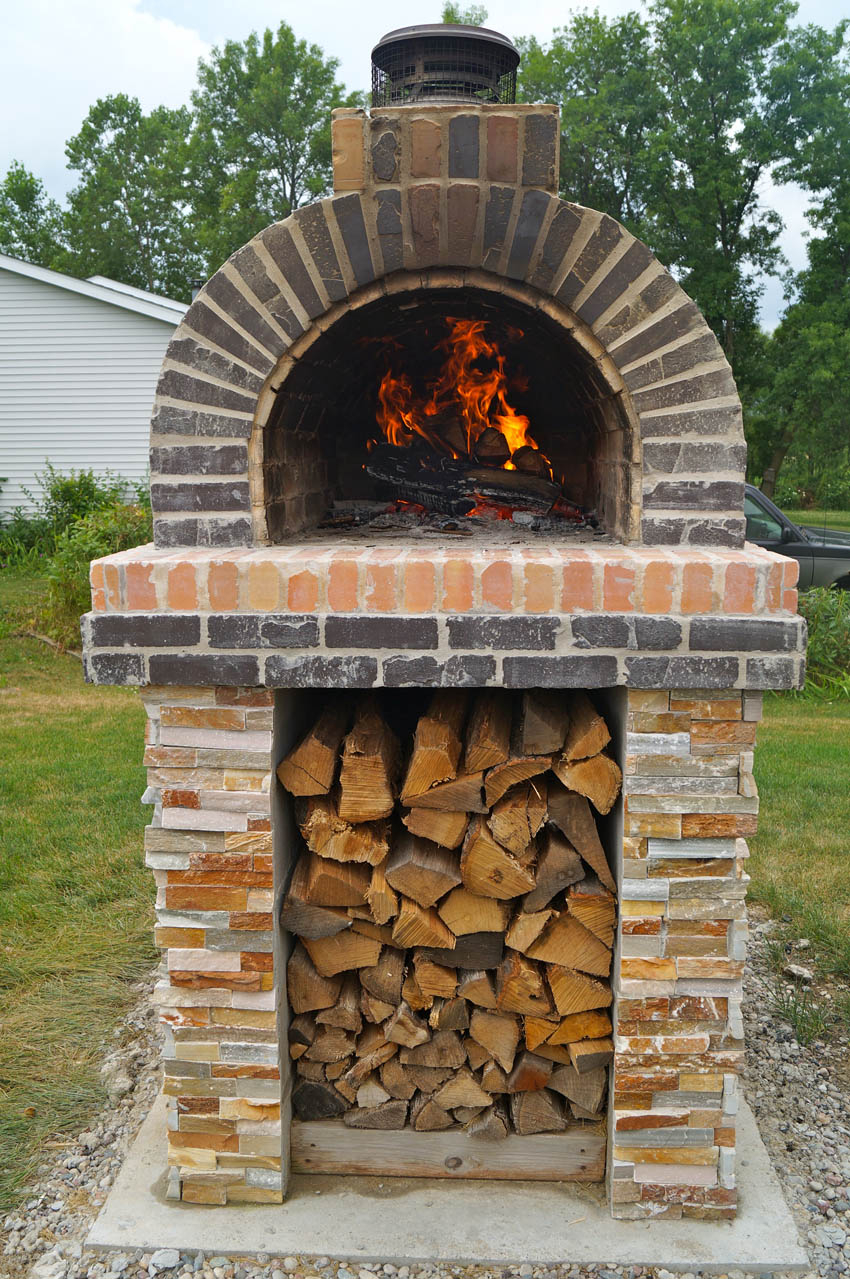 The Downs Family Wood-Fired Outdoor Brick Pizza Oven In ...